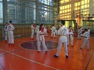 Рівненський дільничний допомагає дітям ставати чемпіонами