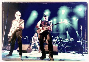 Scorpions у Рівному заспівали Червону руту [ФОТО+ВІДЕО]