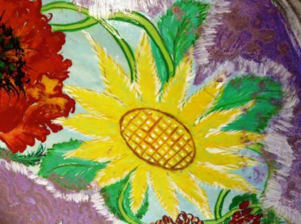 Свої картини голова сільради на Рівненщині малює лаком для нігтів [ФОТО]