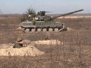 Військові Рівненщини випробовують свої сили у бойових умовах.