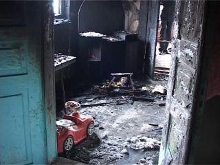 На Рівненщині у пожежі загинула дворічна дівчинка