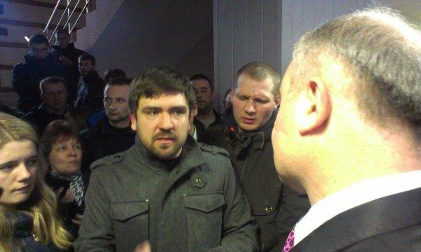 """Громада Рівненщини не признає нового начальника УМВС, якого """"заводить"""" по квоті """"Свобода"""""""