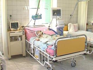 Рівненські медики продовжують боротися за життя дитини, постраждалої у ДТП