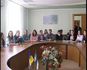 19 студентів Рівного отримали стипендії міського голови