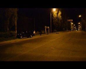У Рівному водій спершу смертельно травмував пішохода, а потім в'їхав у стов ...