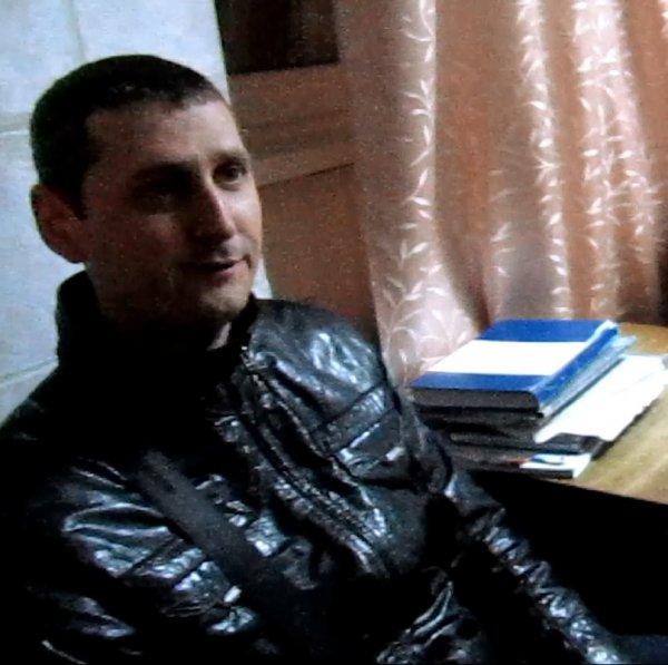Один з керівників рівненського РЗВА напідпитку протаранив військову вантажівку [ФОТО]