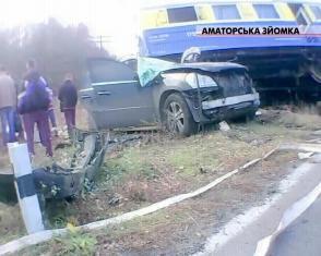 На Рівненщині  водій мопеда збив чергову по переїзду