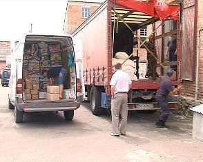 Як фермери Рівненщини на Схід продукти харчування відправляли