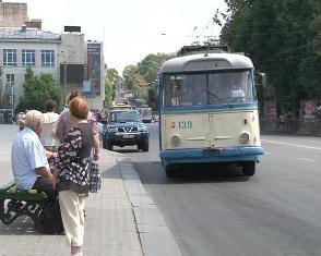 Рівняни розраховуватимуться за проїзд у транспорті пластиковими картками?