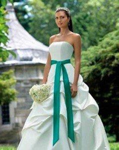 Весілля в кольорі. Зелений - як символ життя . Весільні новини ... 2d0329c0222ce