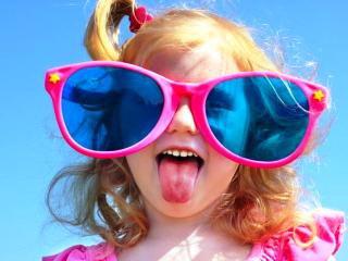 Вибираємо сонцезахисні окуляри для маленьких рівнян. Навчання дитини ... b8326aef9368a