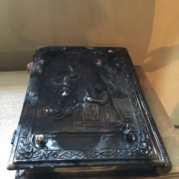 На Рівненщині вандали пограбували церкву (фото) - фото 1