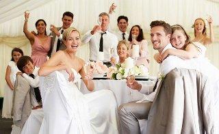 99529984c95280 ТОП-5 порад: що одягнути на весілля гостю?. Весільні новини ...