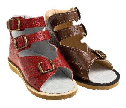 Як вибрати ортопедичне взуття дитині . Поради ортопеда-травматолога ... 4134af63d69d9