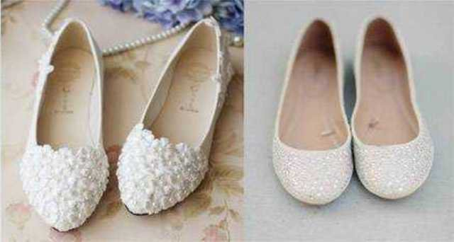 e4e363a426fe38 Головна перевага взуття без каблука для нареченої полягає в комфортності.  Жінці доведеться провести весь день на ногах, які можуть до кінця дня  втомитися, ...