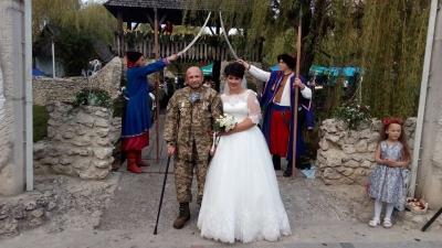 <a href='/Info/?id=82745' >У Тернополі відгуляли весілля, що встановило рекорд України [ФОТО]</a>