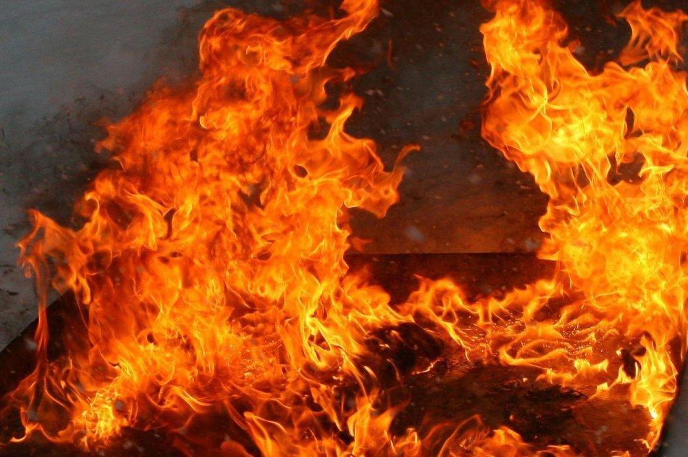 На Прикарпатті під час пожежі постраждав чоловік