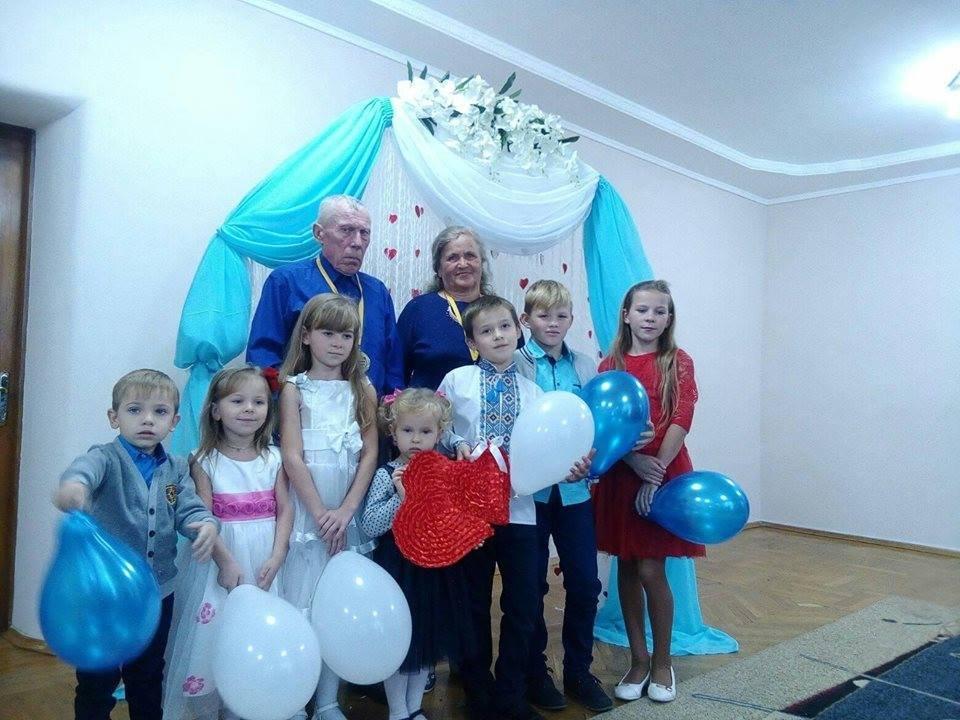 fdabfc2e71afcf На Рівненщині подружжя відсвяткувало сапфірове весілля [ФОТО ...